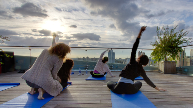 Make Moves Outdoor rooftop yoga