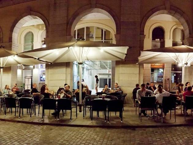 Plaça Independència, Girona