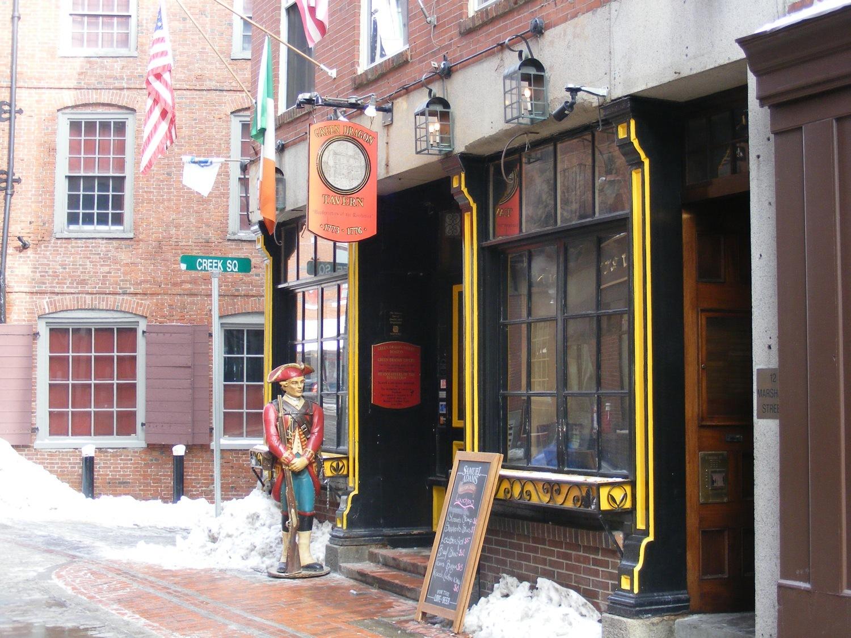 Green Dragon, Bars, Boston