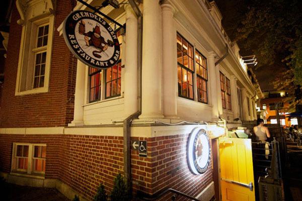 Grendel's Den, Bars, Boston