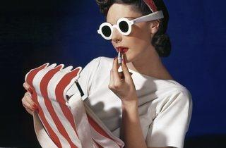 Horst P Horst (Muriel Maxwell, American Vogue cover, July 1, 1939)