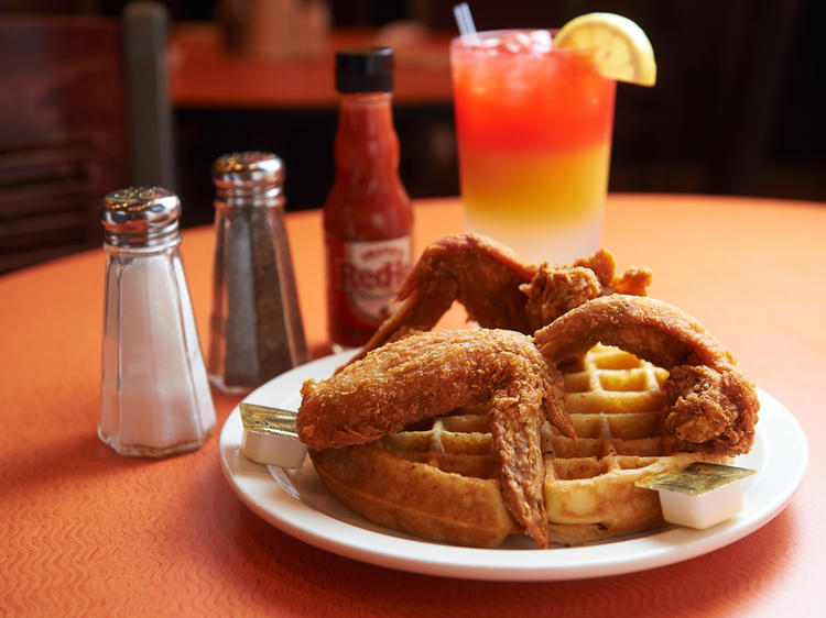 Check out the best brunch places for groups in NYC