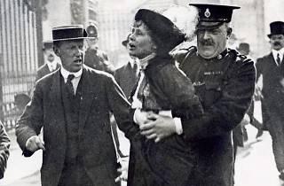 Mrs Pankhurst Arrested at Buckingham Palace!