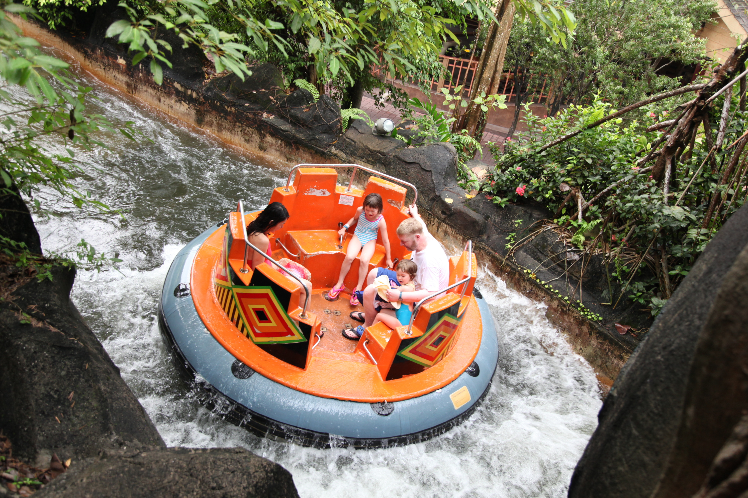 how to go sunway lagoon from kl