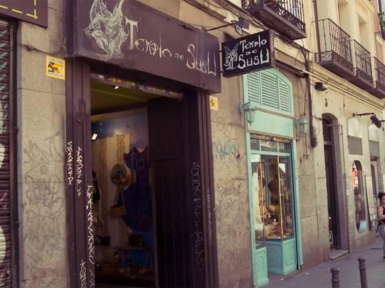 Comprar ropa vintage de segunda mano en Malasaña