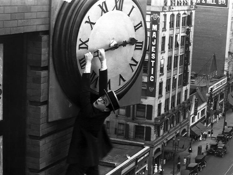 Regarder l'heure tourner avec The Clock