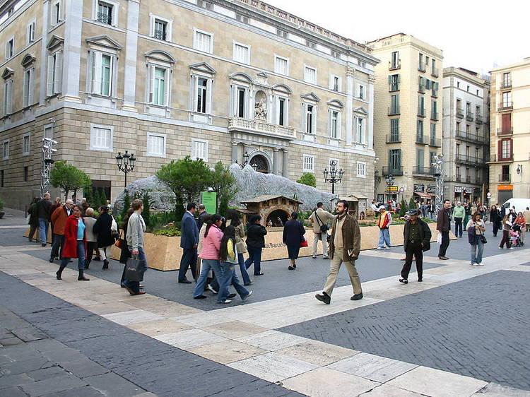 Criticar el pesebre de la plaza de Sant Jaume