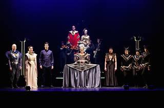 Theatre in Paris / 'The Magic Flute'