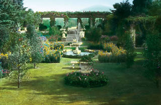 """""""Groundbreakers: Great American Gardens and the Women Who Designed Them"""""""
