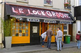 Le Lock Groove
