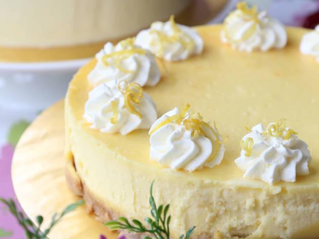 Frost & Flourish cake