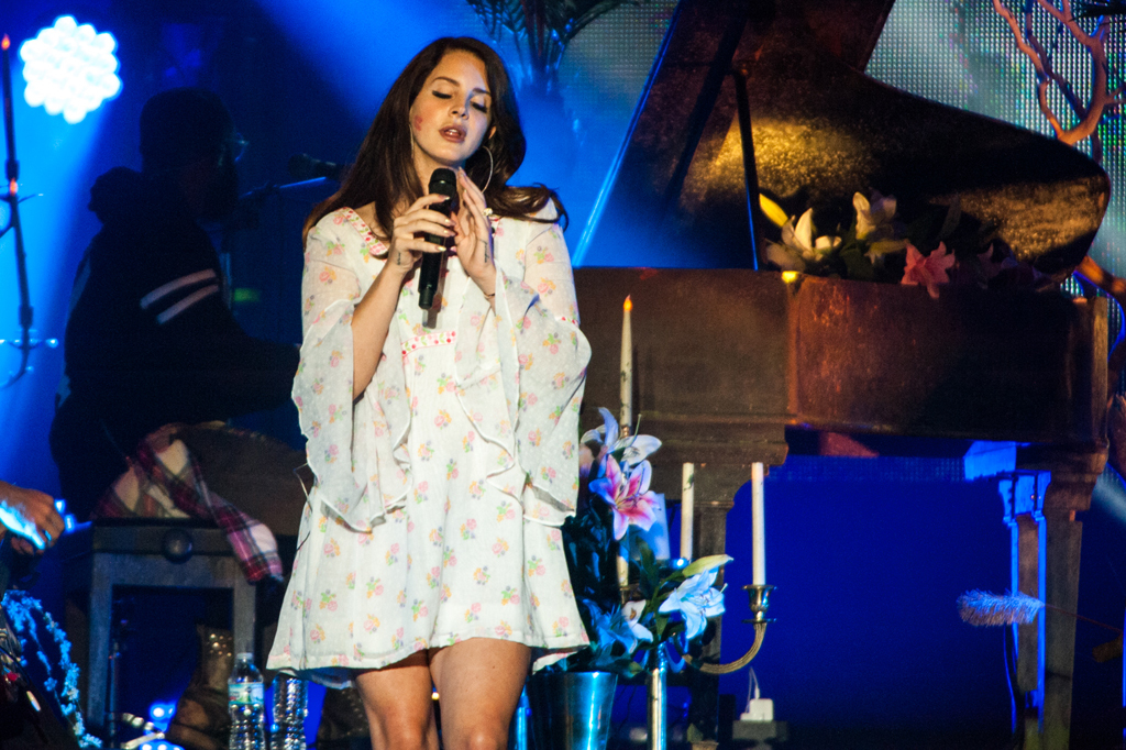 Lana Del Rey at Aragon