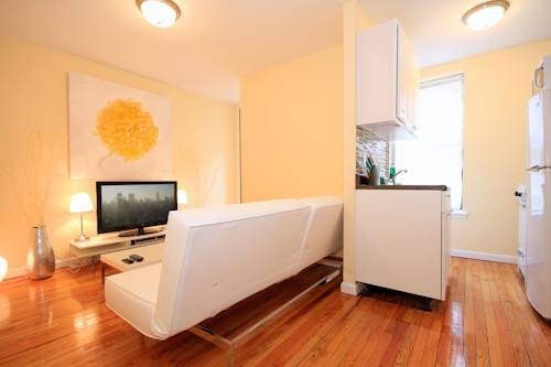Stylish & Sun Filled Apartment - Upper East Side
