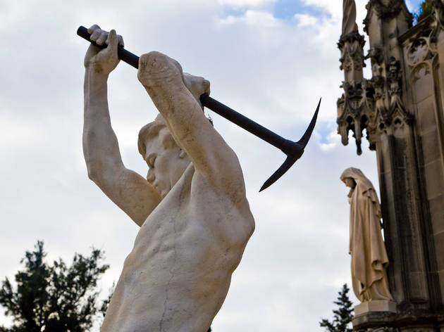 Panteón Vial i Solsona (Cementerio de Montjuïc)