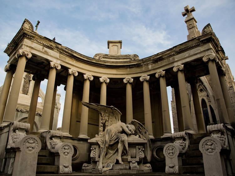Panteó d'August Urrutia