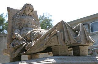 Sepultura familia Nadal (Cementerio de Poblenou)