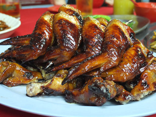 Feast on Wong Ah Wah chicken wings on Jalan Alor
