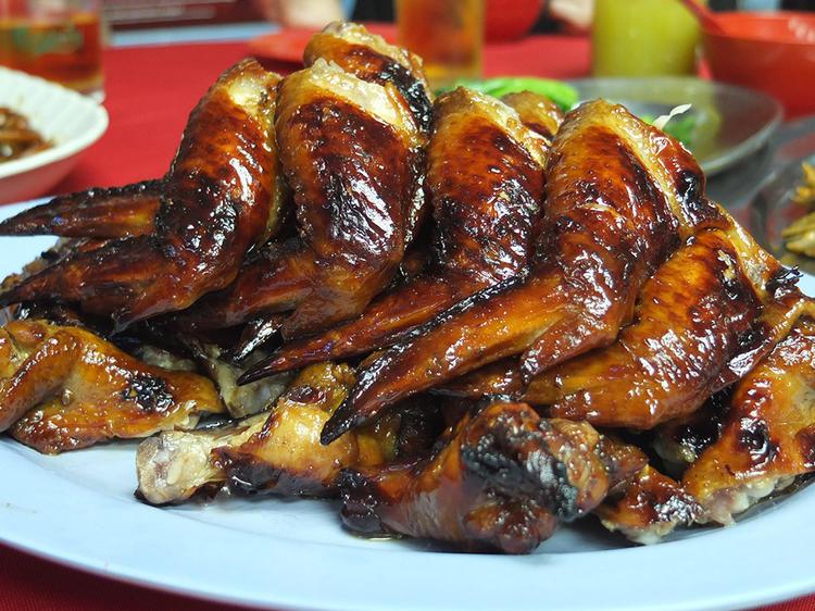 Feast on Wong Ah Wah chicken wings on Jalan Alor