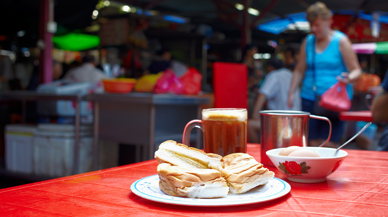 Breakfast in Imbi Market