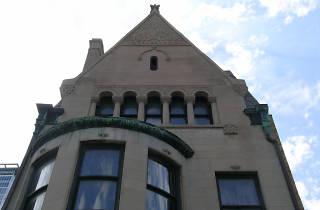 A Walk Through Time: Prairie Avenue Historic District Tour