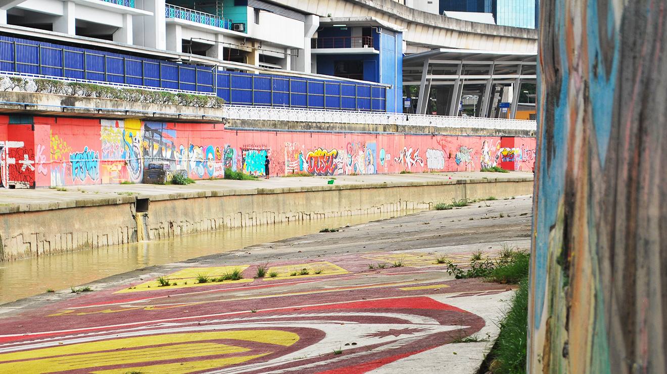 KL Graffiti - Klang River