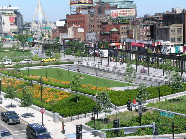 Walk the Rose Kennedy Greenway