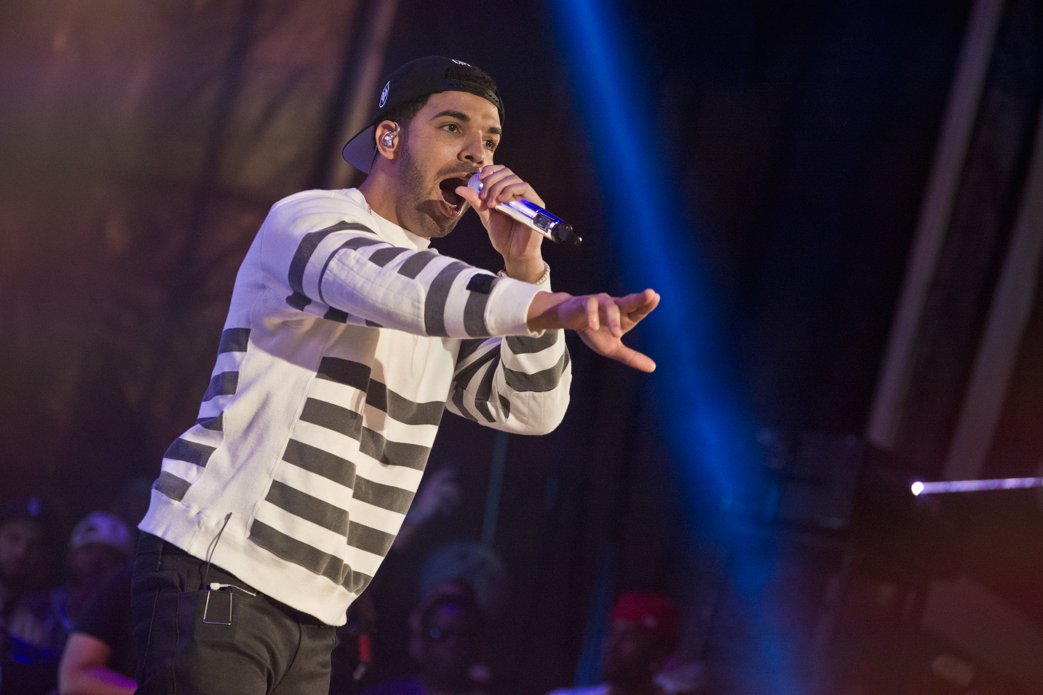 Drake performs at Summer Jam 2014 on June 1, 2014