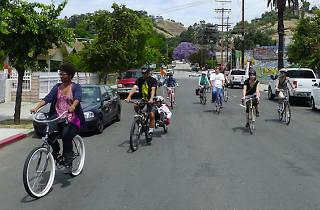 Design-n-Dim Sum Bike Tour
