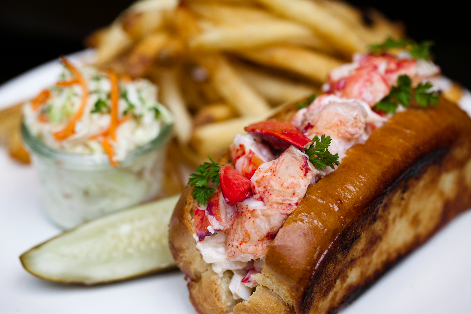 ... lack of pretension with shaw s excellent lobster roll $ 29 big chunks