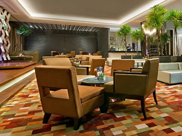 The Lounge at Eastin Hotel