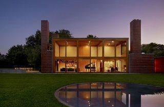 (Steven and Toby Korman House, Fort Washington, Pennsylvania, Louis Kahn, 1971-73 © Barry Halkin)