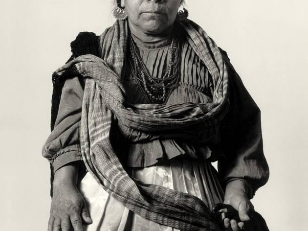 (Juanita Esquivel, Masahua, 2000 Lourdes Almeida Photograph © Lourdes Almeida)