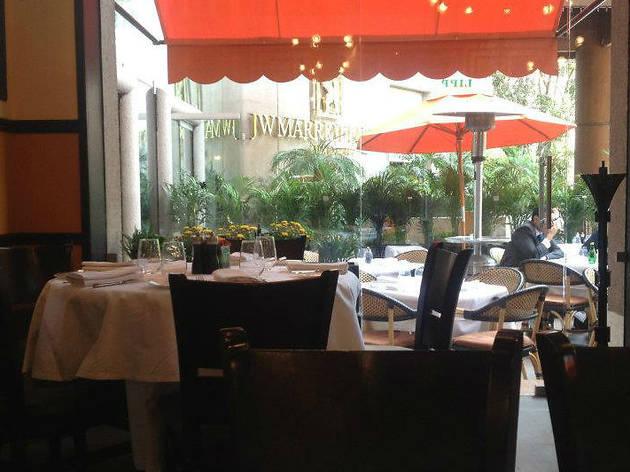 Si vas al Lunario: Brasserie Lipp