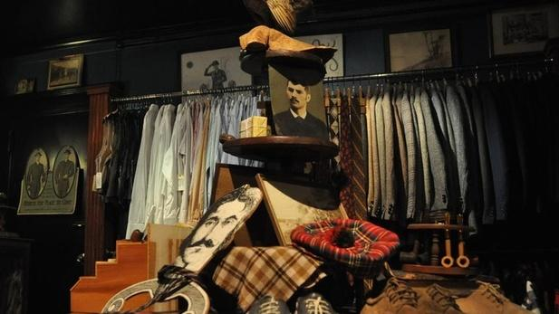 Clothing stores online. Vintage clothing stores boston