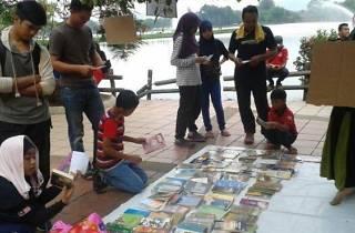 Buku Jalanan Titi 2nd Anniversary