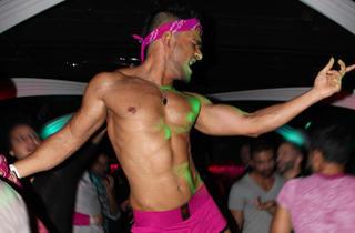 Desilicious: Hot Pink Pride