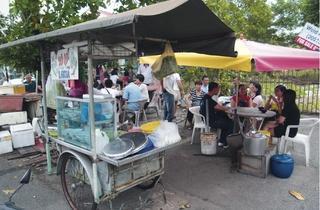Assam laksa stall