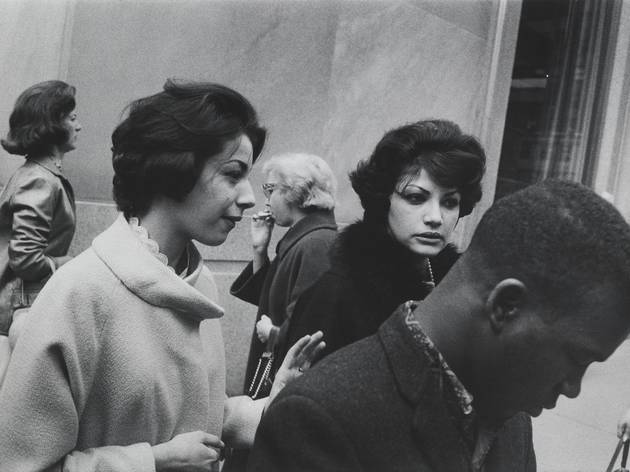 (Garry Winogrand, 'New York', c.1960 / © The Estate of Garry Winogrand / Courtesy Fraenkel Gallery, San Francisco)