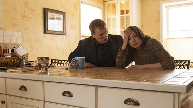 Christopher Eccleston as Reverend Matt Jamison and Carrie Coon as Nora Durst in <em>The Leftovers</em>