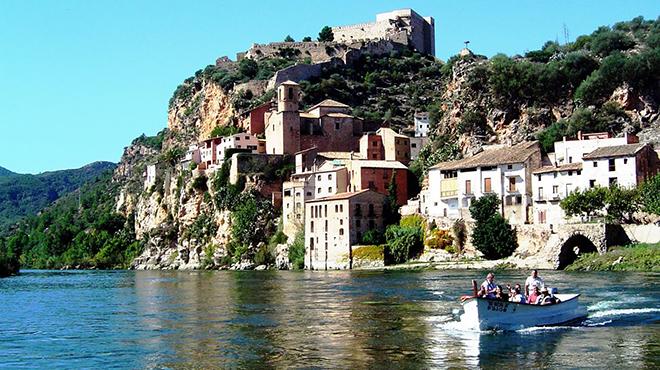 Imagen del Ebro a su paso por Miravet