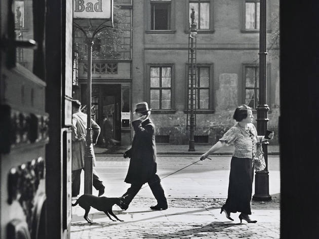 (Roman Vishniac, 'Récalcitrance', Berlin, c.1929 / © Mara Vishniac Kohn / Courtesy International Center of Photography)