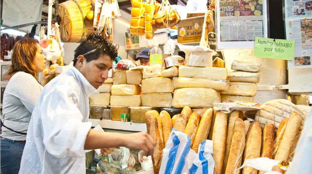 Tianguis y mercados en el Centro