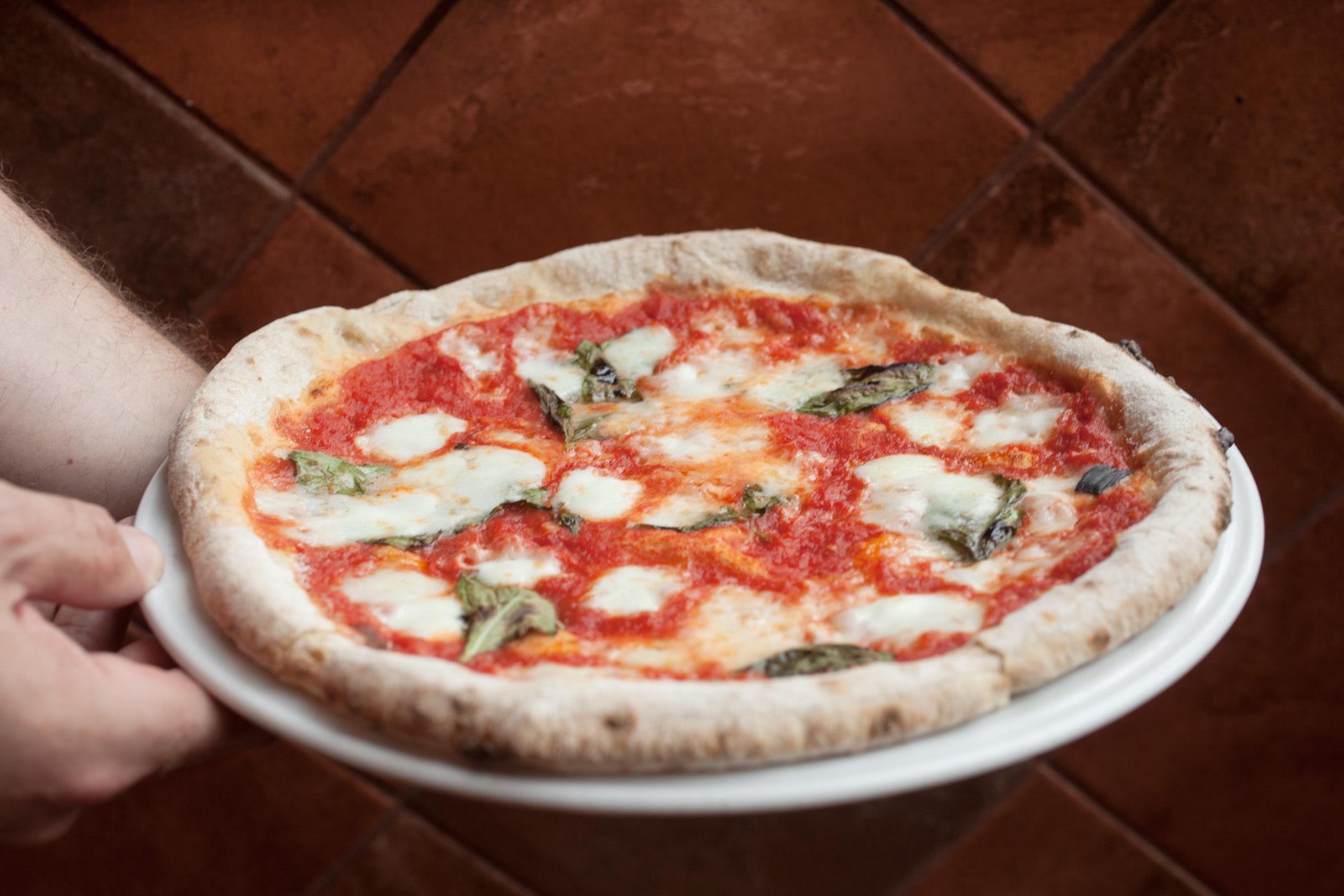 Gluten-free pizza, Spacca Napoli, chi_fd_GlutenFreePizza_ss_0714