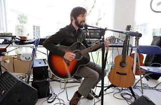 Micro-Zenit: Enric Montefusco (Standstill) + Cor a 4 veus