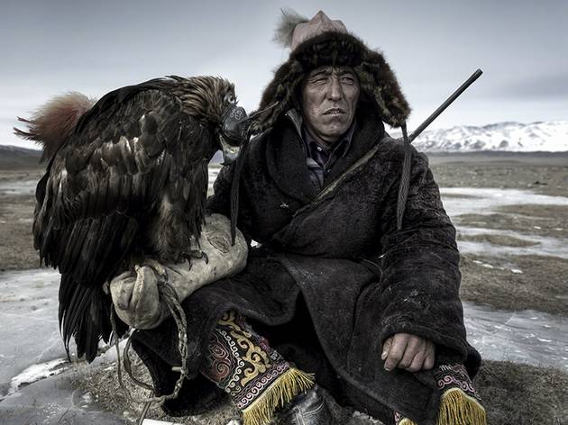 Simon Morris (Eagle hunter, Alti region, Western Mongolia.)