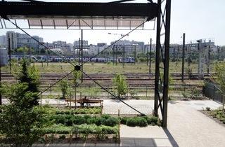 Halle Pajol train jardin