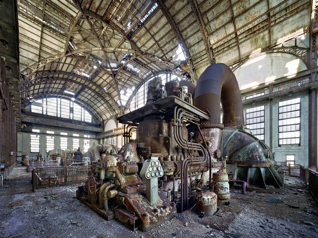 (Marchand & Meffre, 'Generator room, Port Richmond Power Station', Philadelphie, 2007 / Courtesy Polka Galerie, Paris)