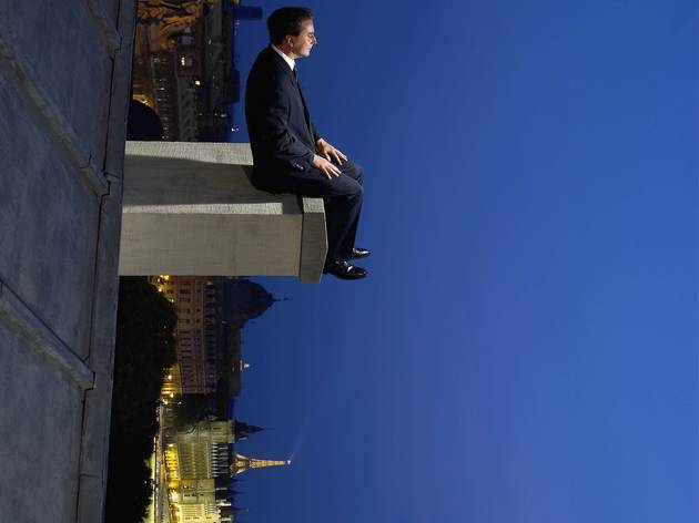 (Philippe Ramette, 'Contemplation irrationnelle', 2005 / © ADAGP 2014 / MEP)