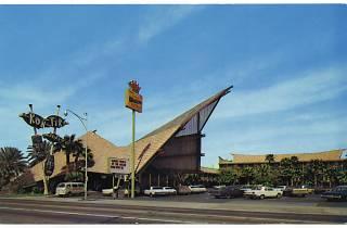 (Kon Tiki Hotel, Phoenix, Arizona, 1961 / Collection Scott Schell / ©D.R.)