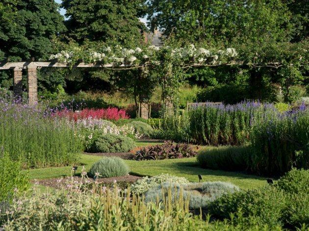 (©RGB Kew)